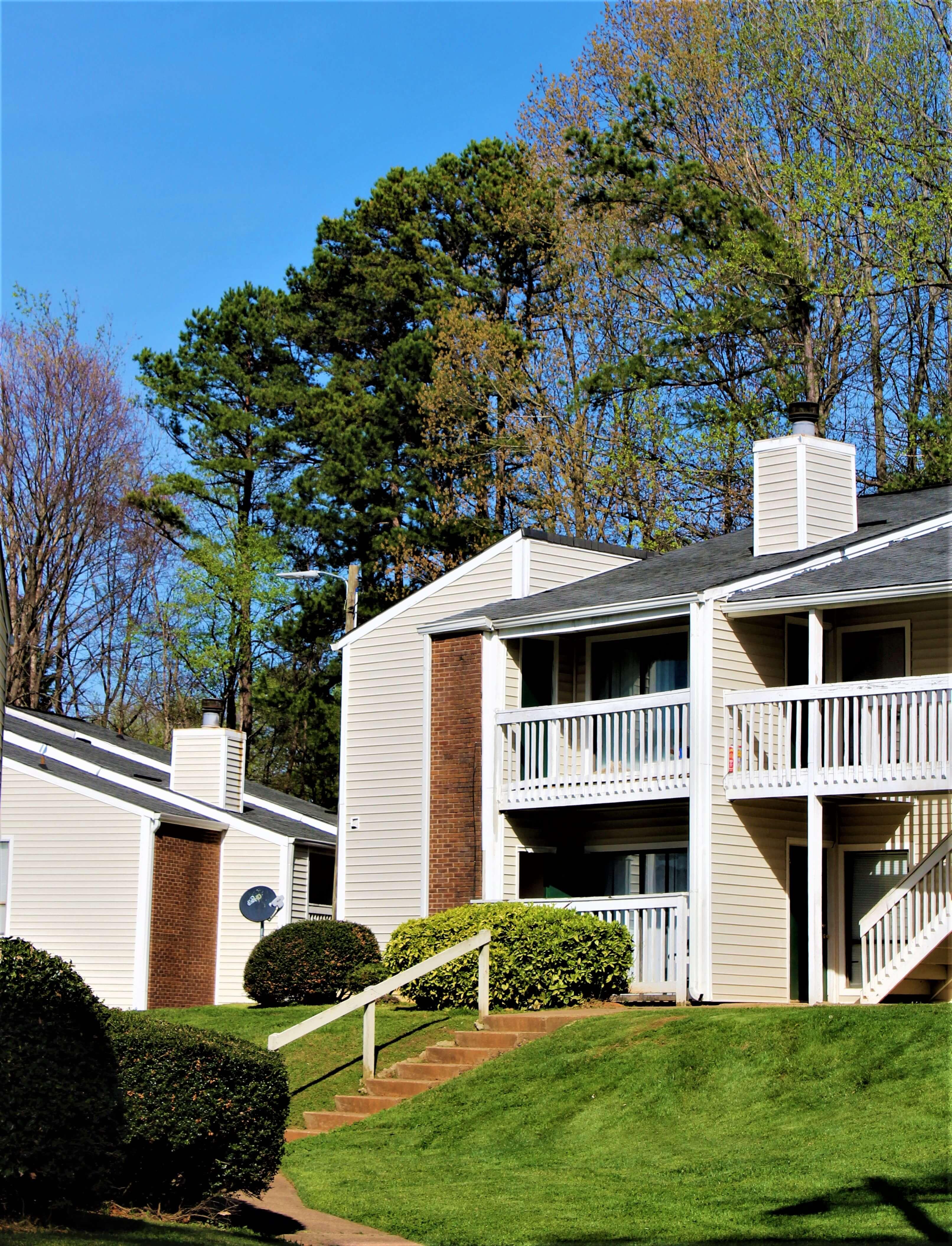 Woodbridge Apartment Homes 6619 Yateswood Drive Charlotte